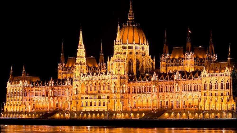 Фото Парламента в Венгрии