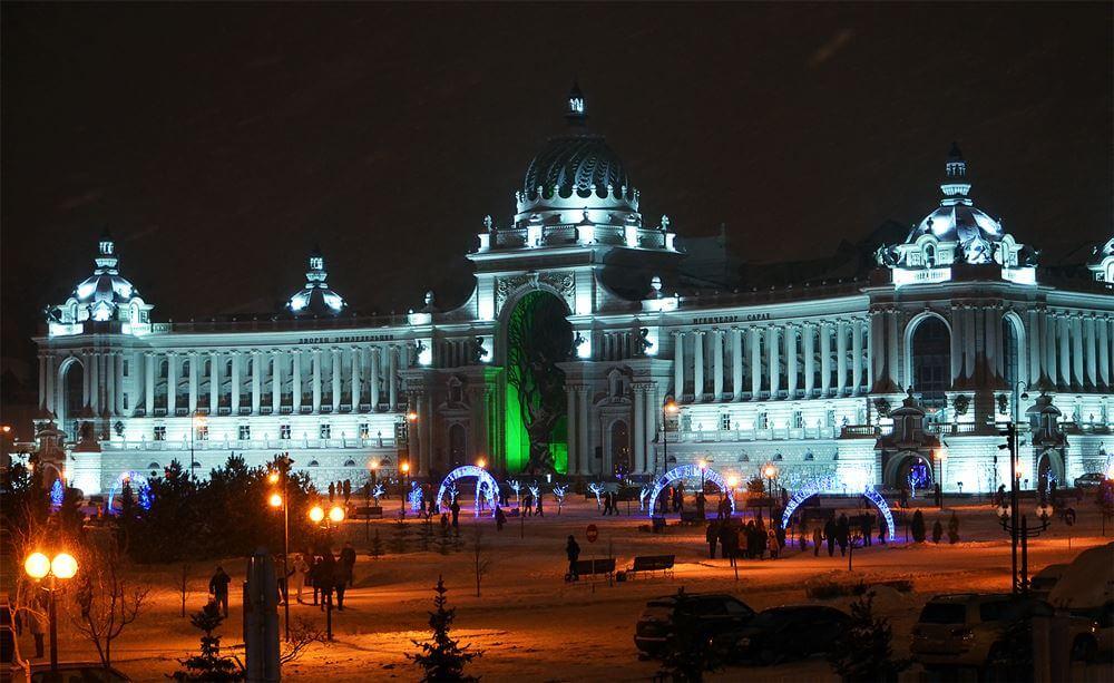 Дворец Земледельцев ночью