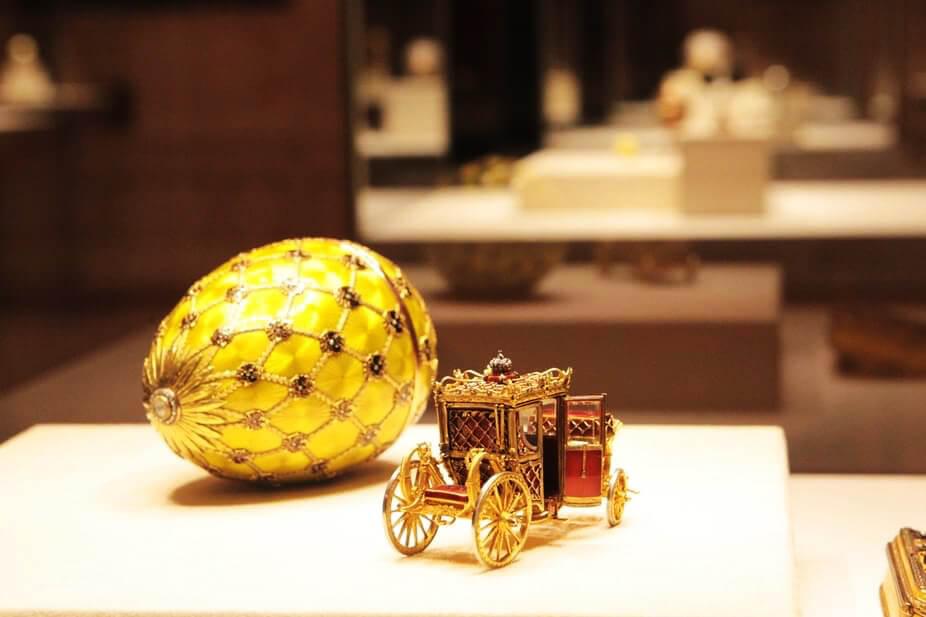 Золотая карета