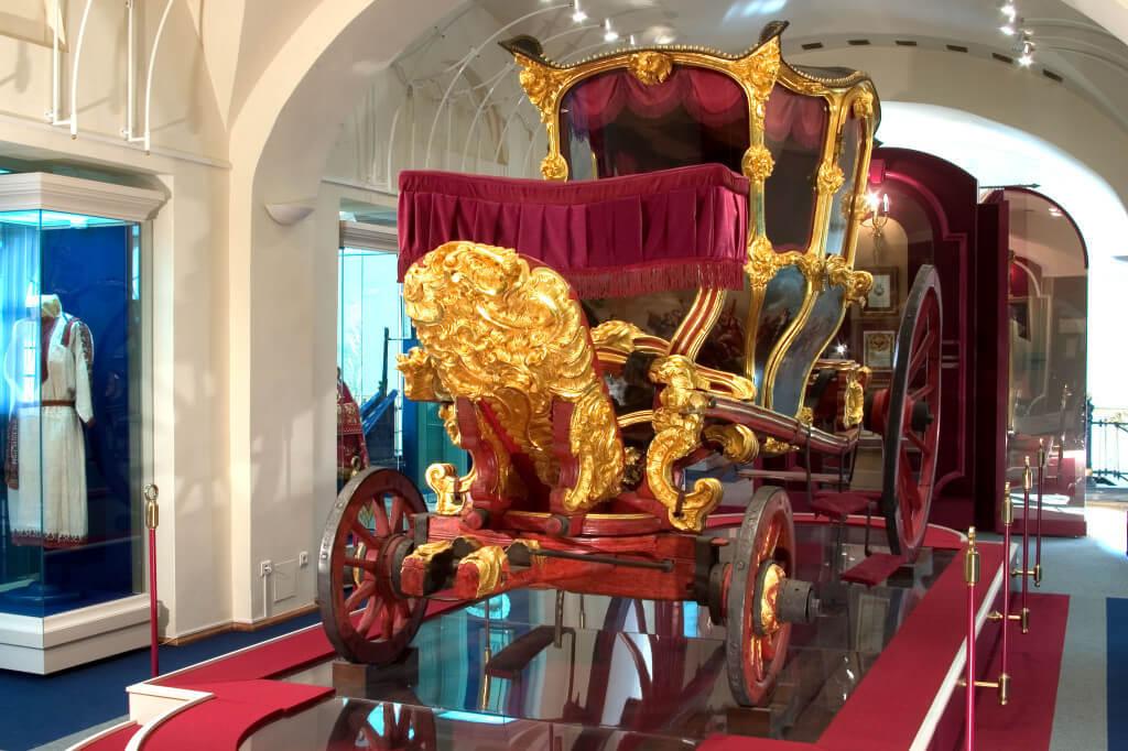 Карета Екатерины Великой в музее