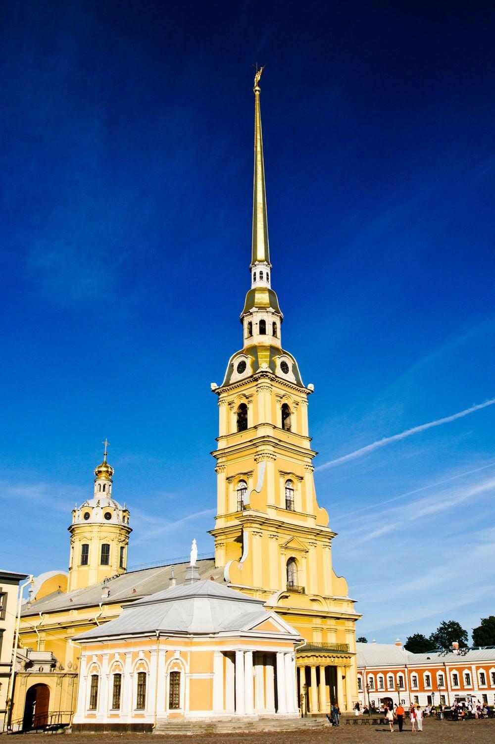 Петропавловский собор в Петербурге